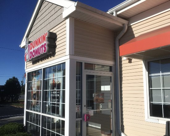 Dunkin' Donuts Clifton Park entrance
