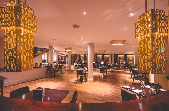 Freya's Restaurant at Aspers Casino: Looking into Freya's