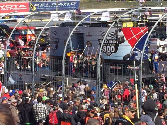 Loudon, NH: driver intro stage