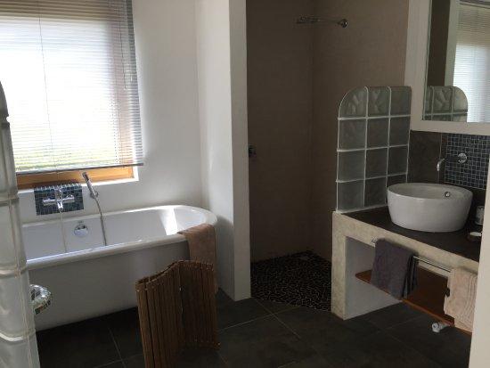 Afrizola : bath/shower