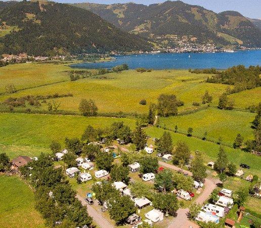 Haus Am See Zell Am See Austria Bookingcom: Blick Richtung Zeller See Und Zell Am See Zentrum