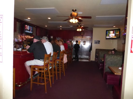 Pinetop-Lakeside, AZ: Bar scene