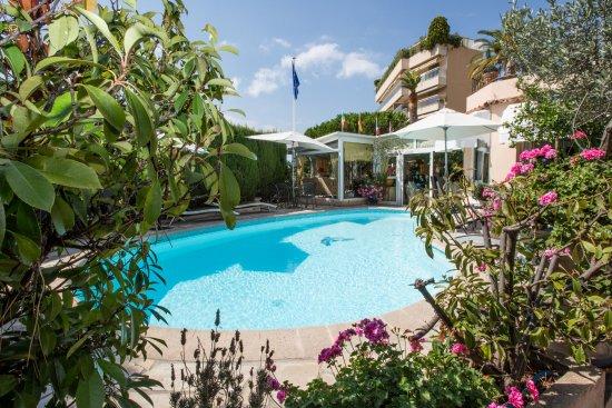 Hotel Olivier Resmi