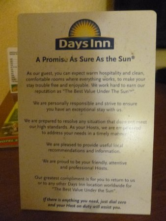 Days Inn Airport Nashville East : This is sign saying they will make it right but I couldn't even get a piece of bread at 9:15
