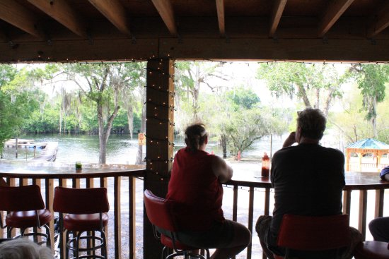 Branford, FL: Restaurant, non-smoking with river views