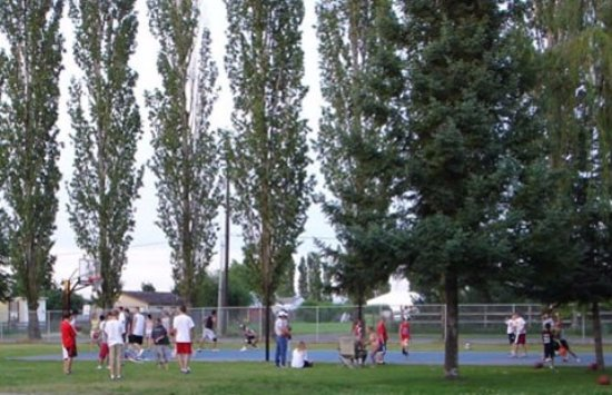 Spokane Valley, Вашингтон: Sports Court