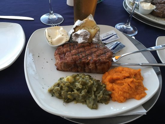 Summerstrand, Zuid-Afrika: The Coachman Restaurant