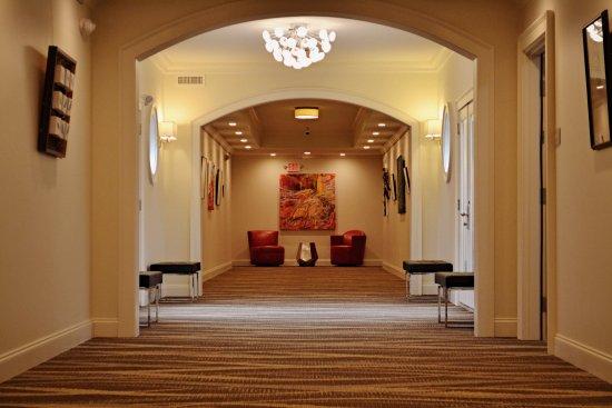 Hartsville, SC: Art Gallery Main Upstairs Hallway