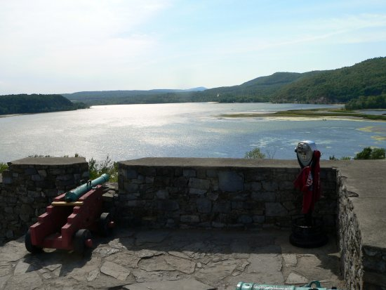 Ticonderoga, NY: View of the Lake from the fort