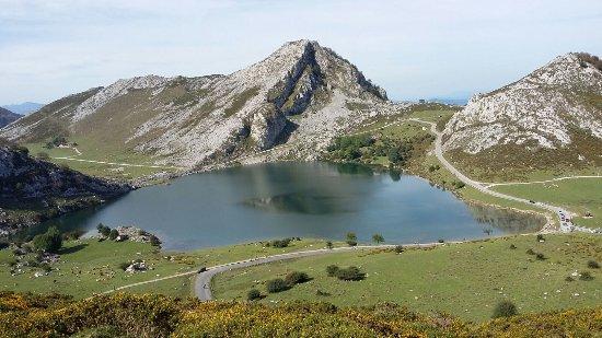 Cangas de Onis, Spain: Lagos Covadonga