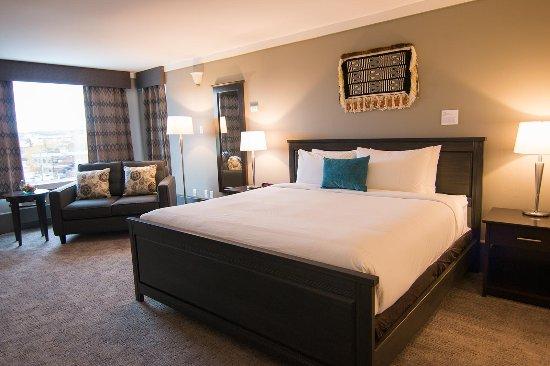 Coast High Country Inn: Royal Suite