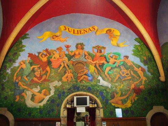 Julienas, France: Fresque