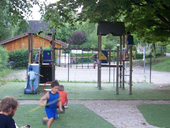 Allevard, Prancis: Espace jeux enfants