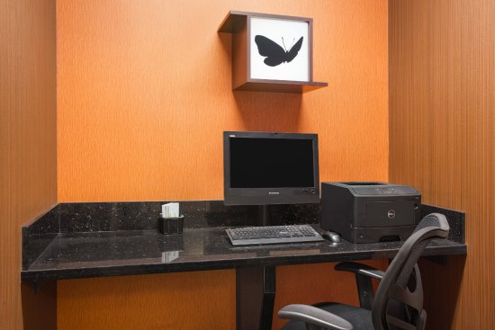 Norman, OK: 24-Hour Business Center