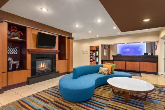 Lobby and Check-In at the Fairfield Inn & Suites Norman