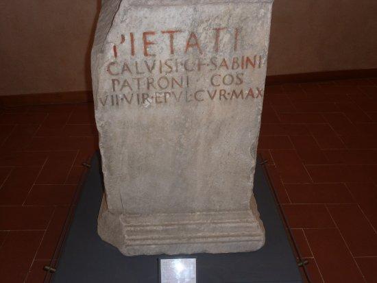 สโปลโต, อิตาลี: Iscrizione tombale