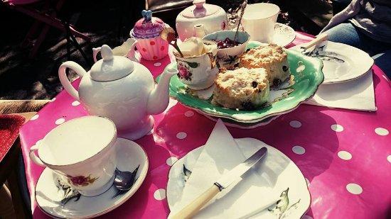 Faversham, UK: cream tea