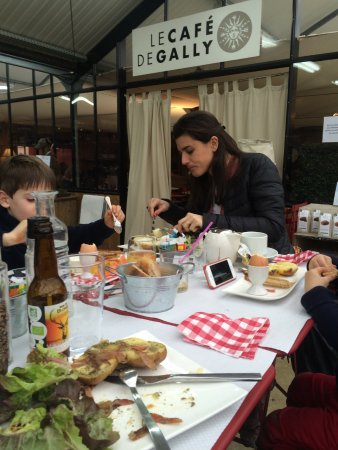 Saint Cyr l'Ecole, Frankrijk: Brunch fantastique