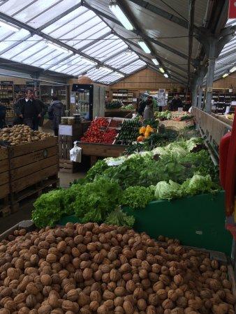 Saint Cyr l'Ecole, Prancis: Légumes top