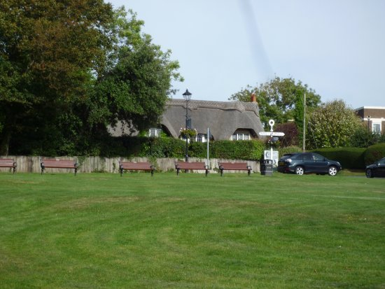 Milford on Sea, UK: The green outside