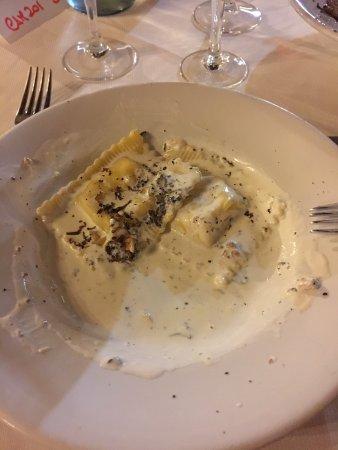 Valtopina, Italia: tordelli eccezzionali