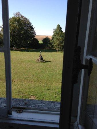 Tonnerre, Francia: Vue sur la campagne bourguignonne