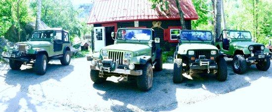 Saint Hippolyte, Canadá: Nos Jeeps se sont refait une beauté !