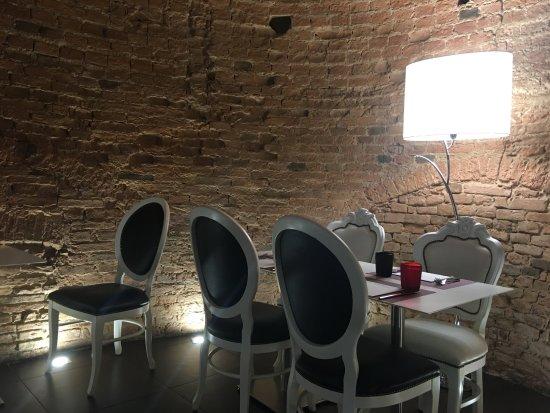 Empoli, อิตาลี: Piazza24 - interno