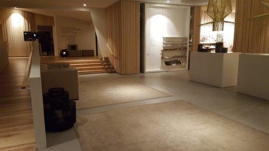 Weiler-Simmerberg, Almanya: Lobby
