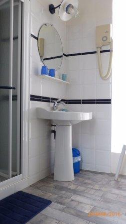 La Roche Chalais, Fransa: Salle d'eau de la chambre Marine