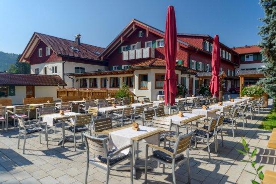 Maierhöfen, Deutschland: Sonniger Biergarten