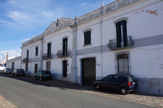 Alcacovas, Portugal: von aussen unscheinbar