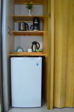 Ojochal, Costa Rica: Minifridge, Coffee-maker, Electric Kettle