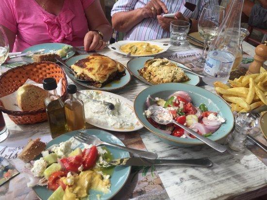 Gavalochori, اليونان: Boureki, moussaka, delicious salads and chips.