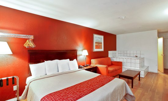 Hotels With Jacuzzi In Room Lancaster Ca