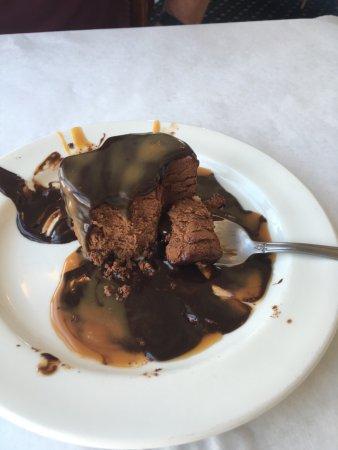 Apalachicola, FL: Mousse Cake!