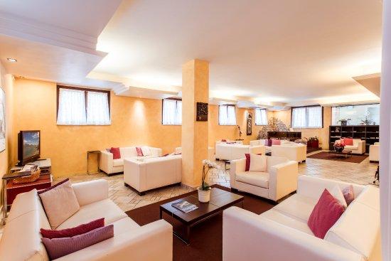 Hotel donna silvia manerba del garda italien hotel for Manerba spa