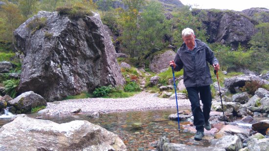 Kinlochleven, UK: The river crossing into The Lost Valley with #richmountainexperiences