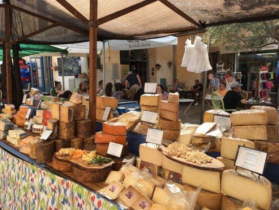 Santanyi, Espagne : Quesos