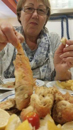 Φάρος, Ελλάδα: Μπαρπουνι τελειο