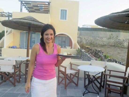 Anemoessa Villa: Irinni brings us a snack. Ain't she pretty!!!