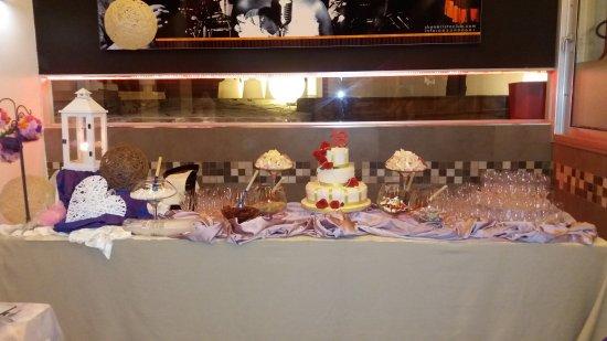 Vitulazio, إيطاليا: Tavolo per la torta