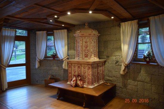 Monclassico, إيطاليا: Stufa in sala ristoro