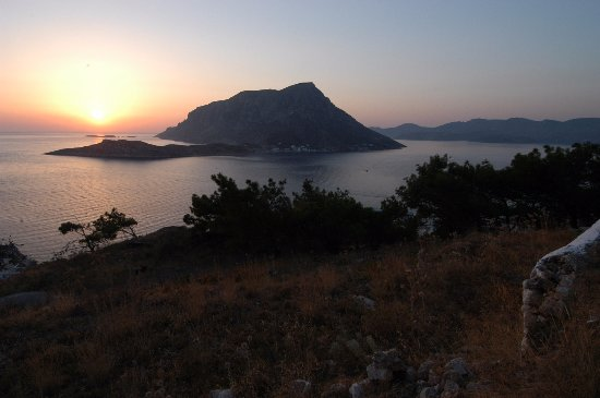Myrties, Grécia: Kalymnos - Sunset over Telendos