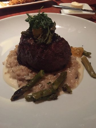 filet mignon with mushroom risotto picture of le cellier steakhouse orlando tripadvisor. Black Bedroom Furniture Sets. Home Design Ideas