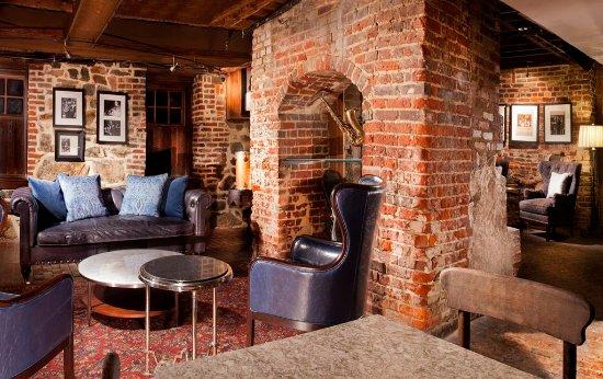Historic Inns of Annapolis: Starbucks