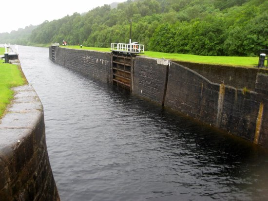 Caledonian Canal Visitor Centre: New Caledonian Canal
