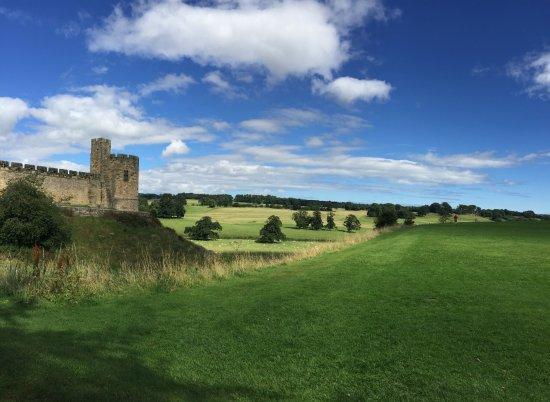 Alnwick, UK : Парк вокруг замка
