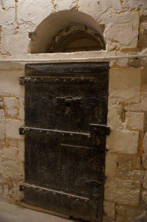 Fontevraud-l'Abbaye, Prancis: gevangenisdeur