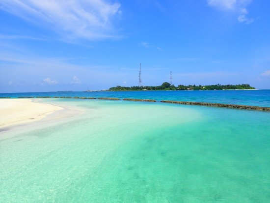 Kuramathi: The other island that is close by